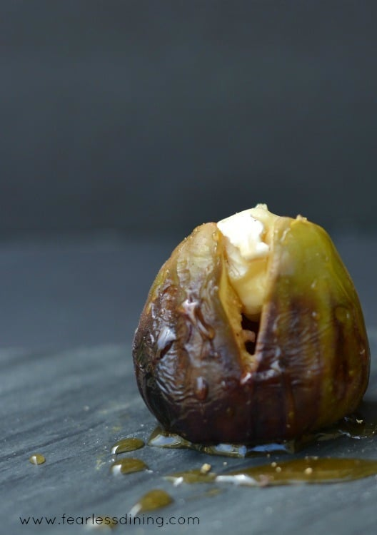 Grilled Brie Stuffed Figs with Honey http://fearlessdining.com #figs #stuffed figs #glutenfree