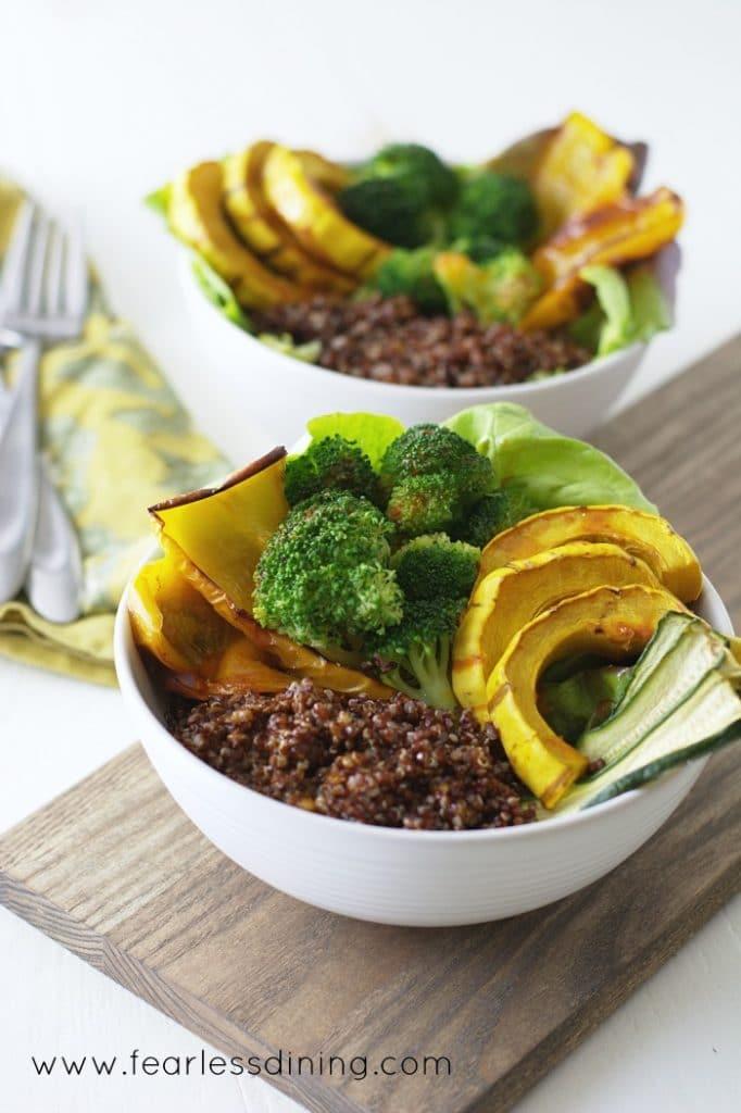 Vegan Buffalo Quinoa Veggie Bowls found at http://fearlessdining.com